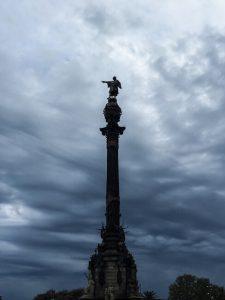 Kolumbus-Denkmal Monument a Colom schlechtes Wetter