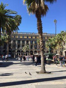 Placa Reial - königlicher Platz Brunnen