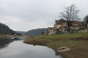 Wanderung Uttewalder Grund nach Wehlen, Blick Elbe