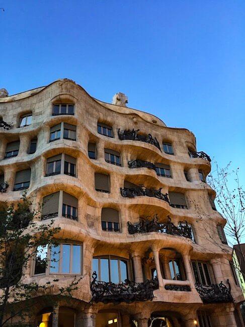 Casa Milà in Barcelona von außen