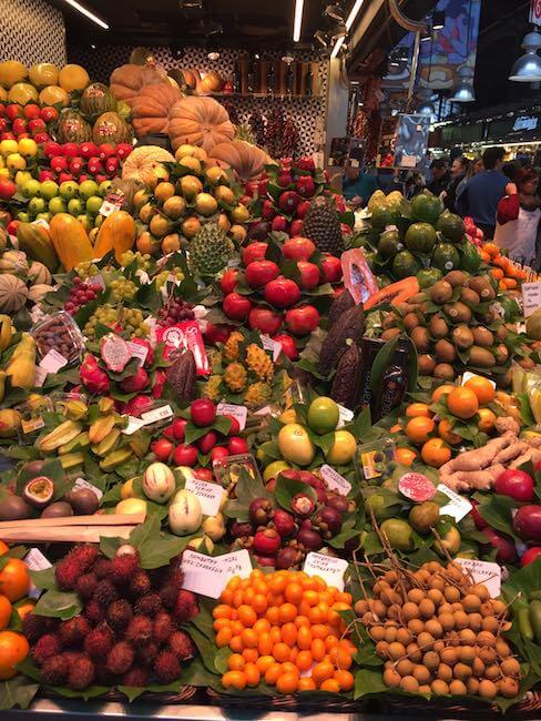 Früchte auf dem La Boquera in Barcelona