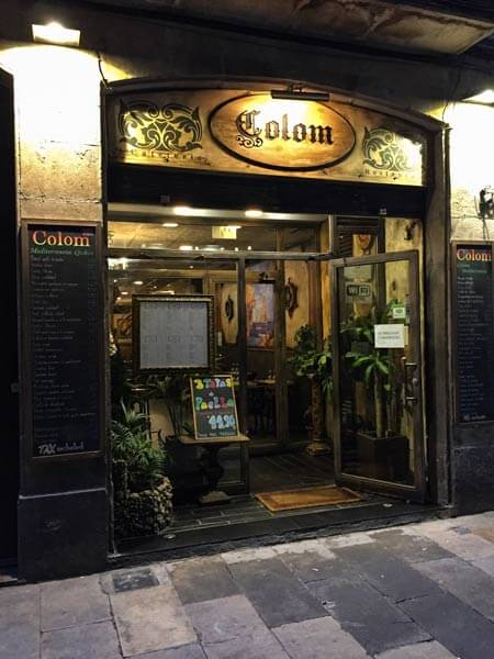 Barcelona bei Regen Bar Restaurant
