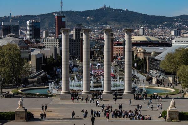Barcelona bei Regen Las Arenas Einkaufscenter