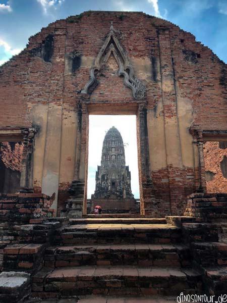 Prang Wat Ratchaburana Ayutthaya