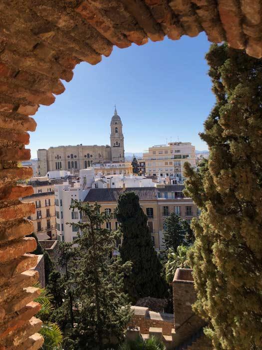 Ausblick Alcazaba auf Catedral de la Encarnacion in Malaga