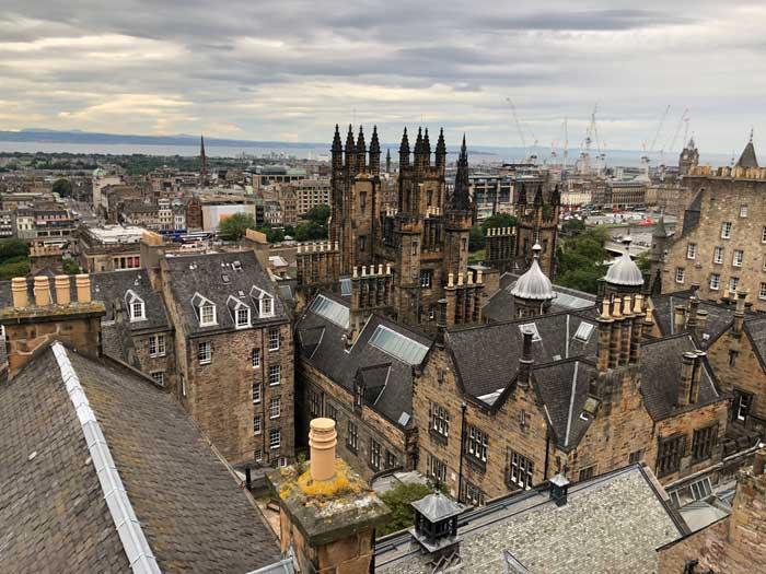 Blick von der Dachterrasse bei der Camera Obscura