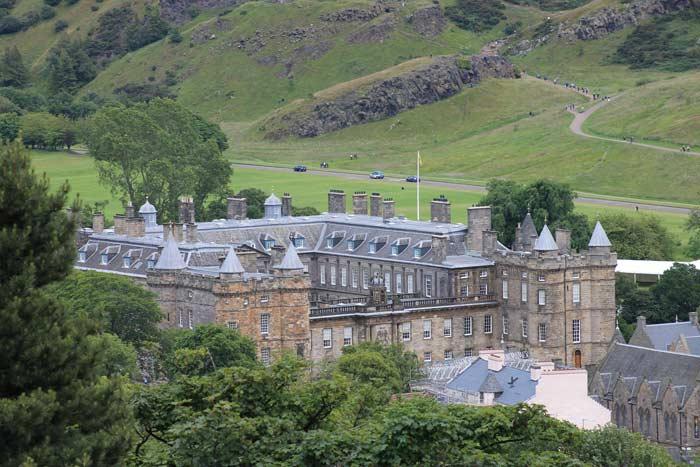 Holyrood Palace Start Aufstieg zu Arthur's Seat