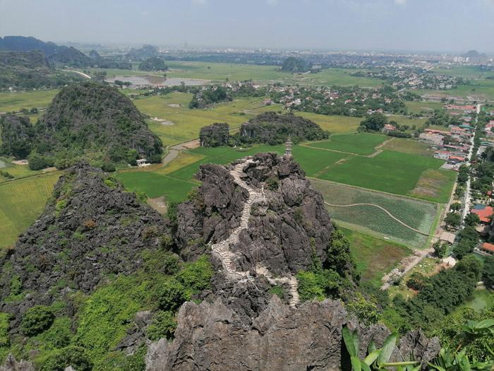 Blick von Hang Mua bei Ninh Binh auf die umliegenden Reisfelder