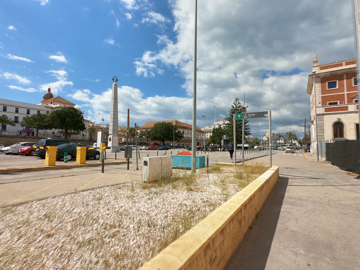 Bahnhof Parkplatz in Cadiz