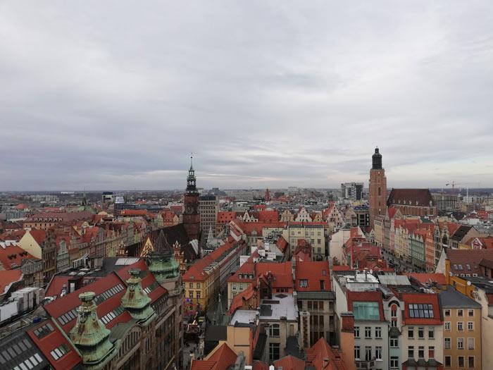 Ausblick auf die Altstadt Breslaus am Tag