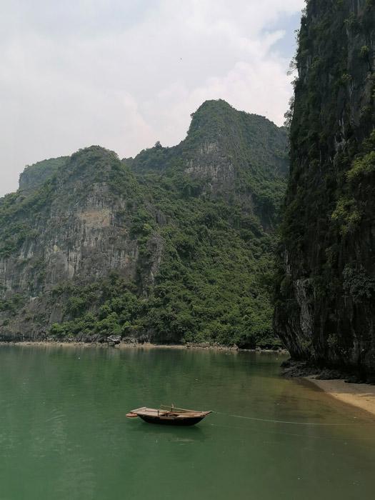 Ha Long Bucht Bucht mit Boot Ausflug Vietnam Reise