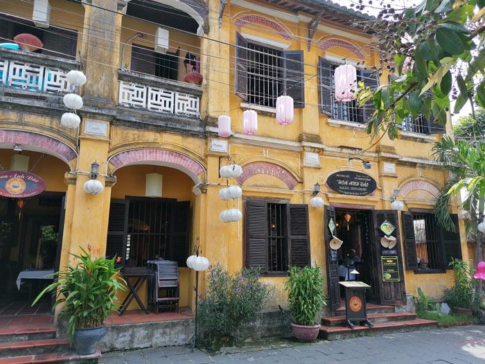 Haus im französischen Kolonialstil