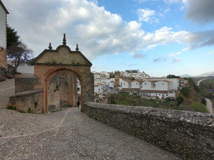 Blick Altstadt Ronda auf die Neustadt