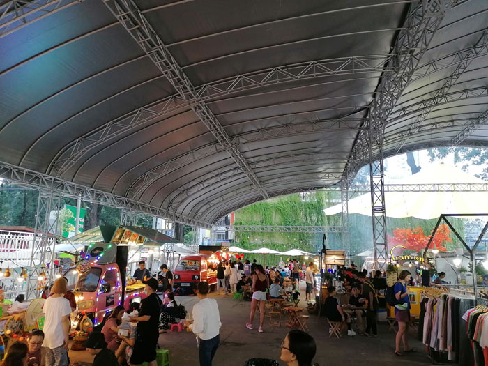 Streetfood Markthalle in Ho-Chi-Minh-Stadt