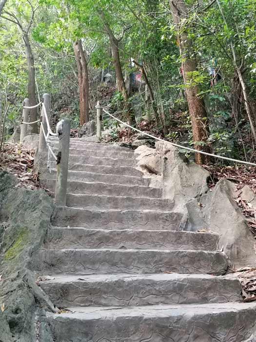 Aufstieg Dao Titop Island