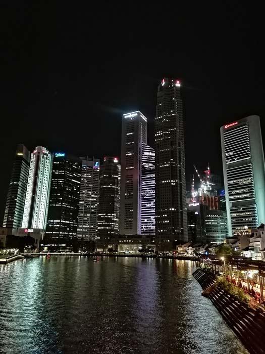 Singapur Downtown bei Nacht