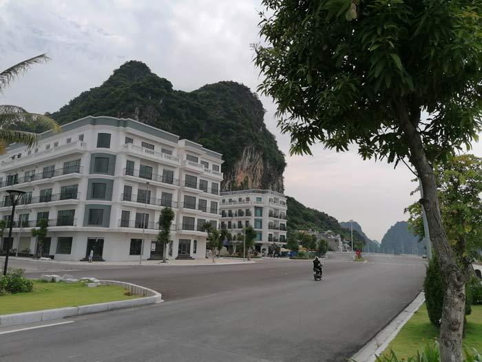Einsame Straßen in Hon Gai