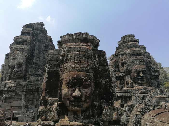 Steingesichter im Bayon Tempel