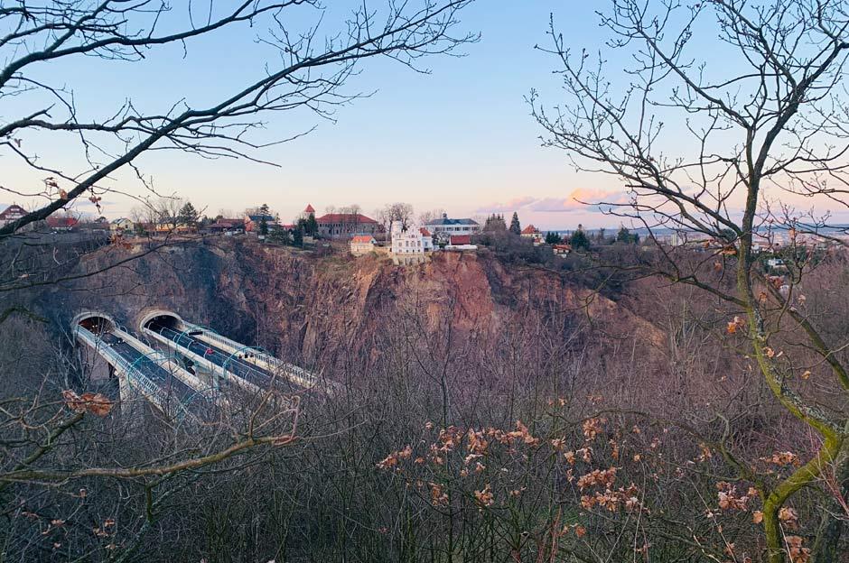 Plauenscher Grund in Dresden mit Blick auf die Begerburg