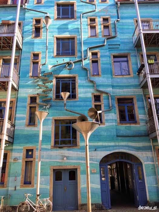 Hof der Elemente in der Kunsthofpassage in der Neustadt Dresden