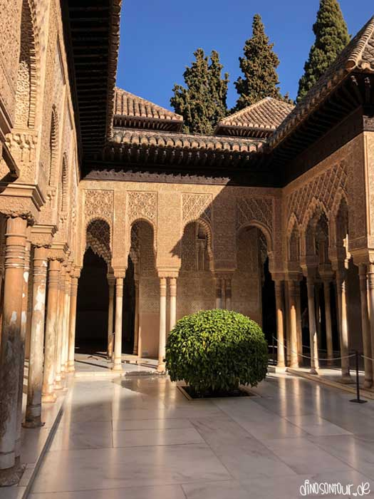 Nasridenpalast der Alhambra in Granada
