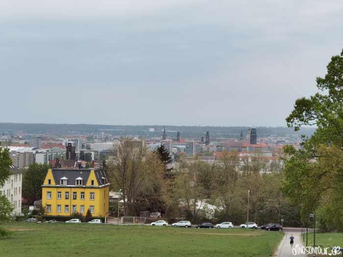 Ausblick vom Bismarckturm auf Dresden