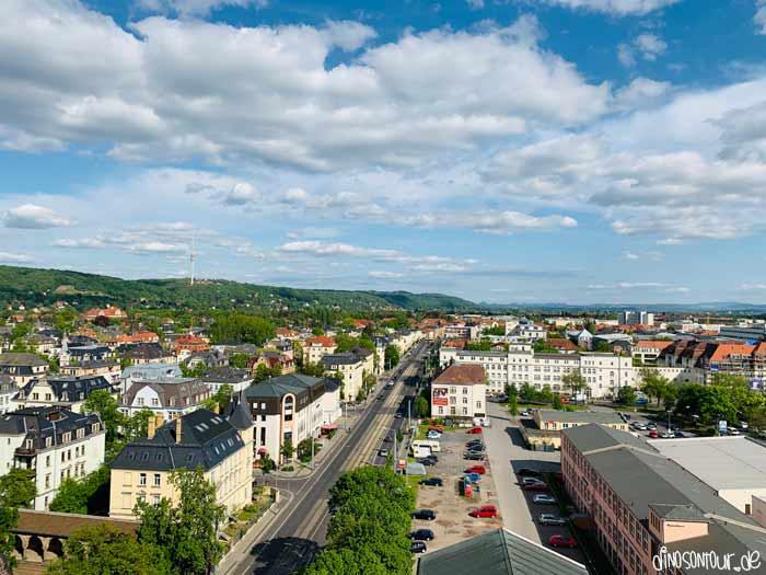 Ernemannturm Blick Richtung Fernsehturm und Sächsische Schweiz