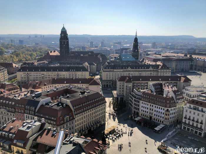 Blick Frauenkirche auf Neumarkt, Kreuzkirche und Rathausturm