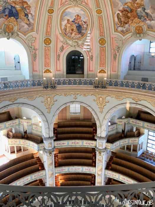 Frauenkirche von oben auf Kuppelhöhe