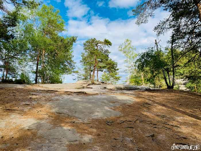 Begehbares Felsplateau auf dem Rauenstein
