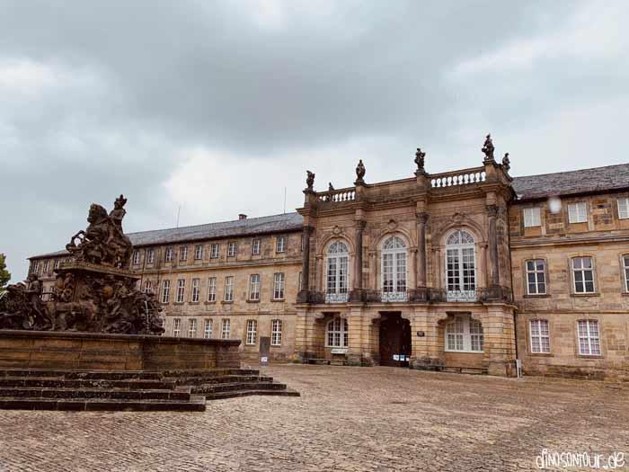 Neues Schloss von außen