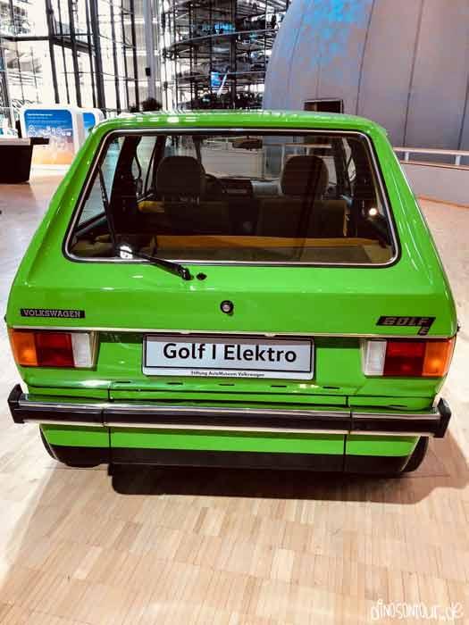 Alter Golf 1 Elektro in der Gläsernen Manufaktur