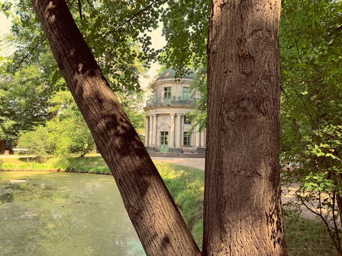 Englischer Pavillon im Park von Schloss Pillnitz