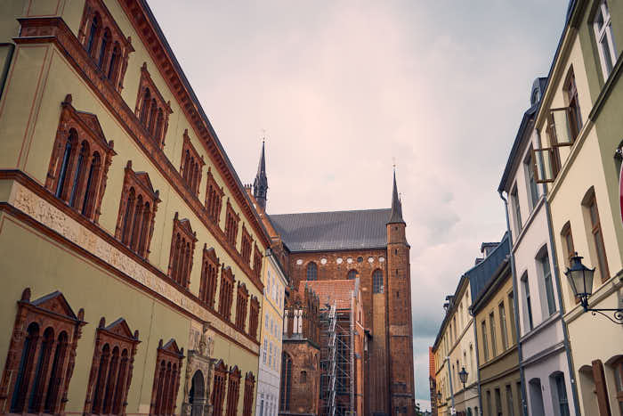 Fürstenhof und St.-Georgen-Kirche