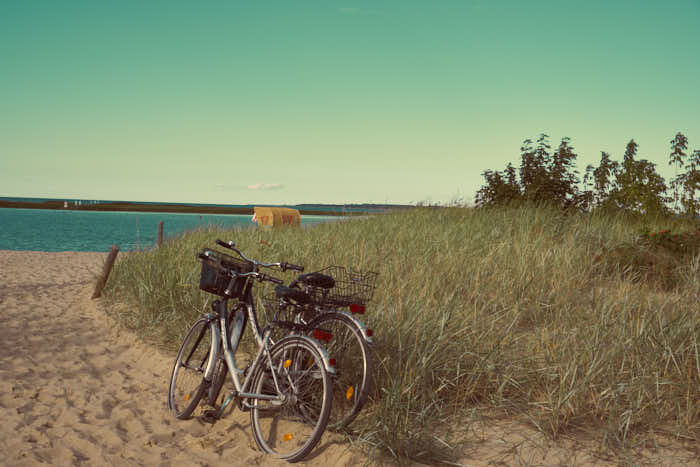 Strandzugang mit Fahrrädern in Gollwitz