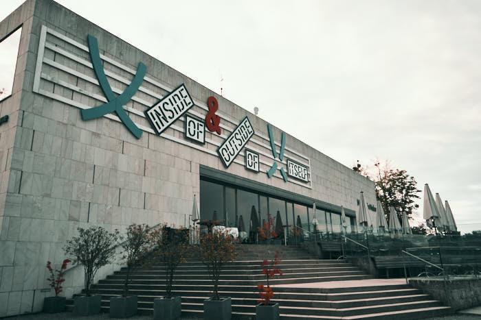 M32 Restaurant und Museum der Moderne