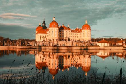 Schloss Moritzburg Spiegelung Wasser