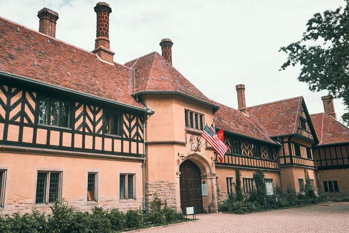 Schloss Cecilienhof Ort der Potsdamer Konferenz