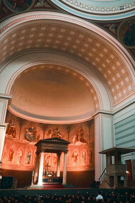 St. Nikolaikirche innen