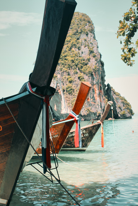 Longtail Boote am Strand