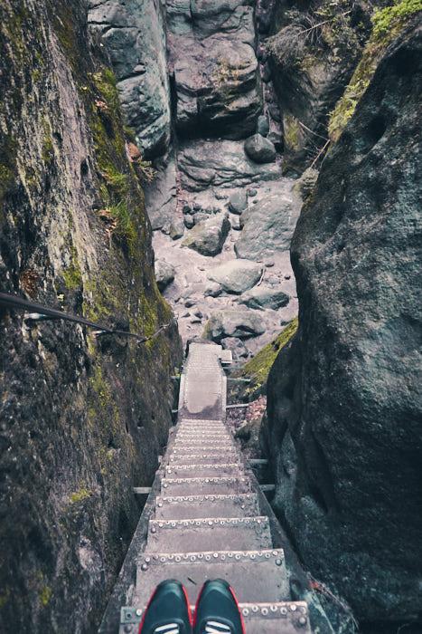 Wilde Hölle schmale Treppe