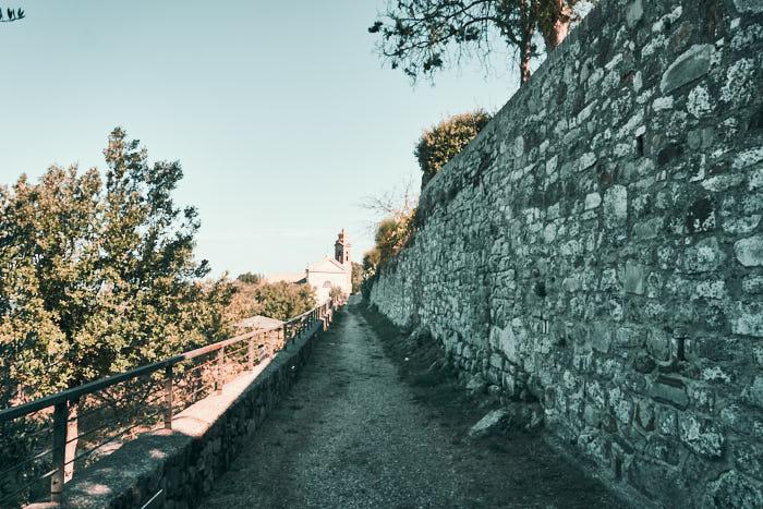 Stadtmauer Spaziergang Montalcino