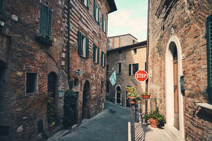 Spaziergang Gassen Montepulciano